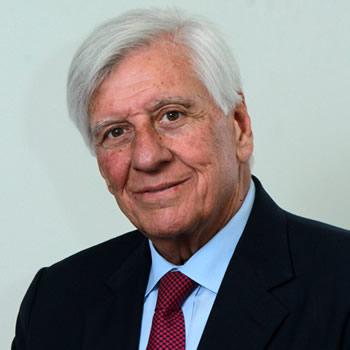 RAUL TORREALBA, ALCALDE DE VITACURA, Presidente de AMUSA